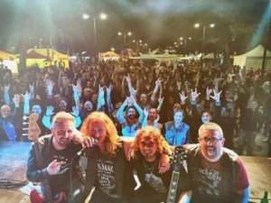 Il rock dei Yelldows in concerto a Chieti Scalo.
